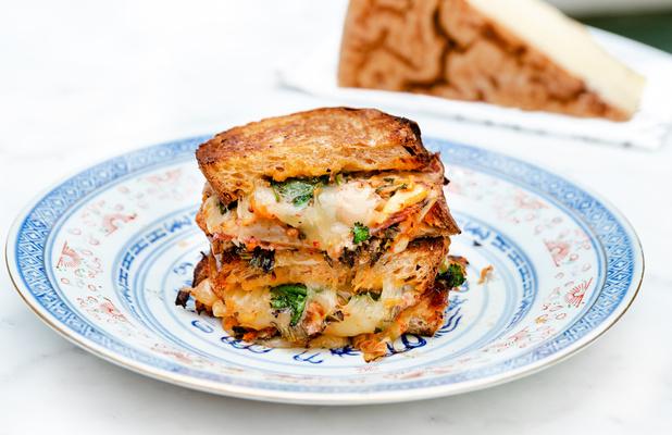 Le croque-monsieur en liesse: Chefs et fromagers bruxellois célèbrent la simplicité du sandwich chaud (+3 recettes)