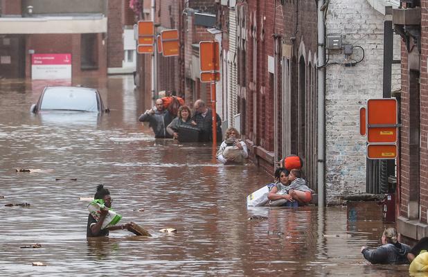 Les victimes des inondations non-assurées seront aussi indemnisées, par le gouvernement