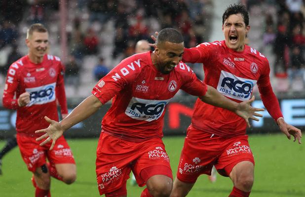 Charleroi arrache un point au bout du suspense à Courtrai