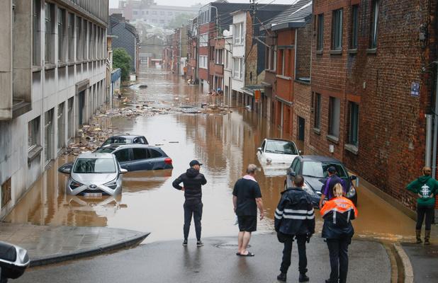 Inondations: difficile d'estimer la durée des opérations de recherches et d'identifications