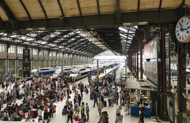 Des contrôles massifs du pass sanitaire, la promesse de la SNCF française