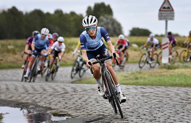 """Paris-Roubaix: Lizzie Deignan, première gagnante: """"Nous faisons désormais partie de l'histoire"""""""