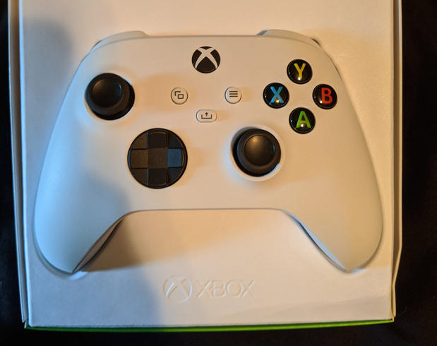 Controller onthult per ongeluk goedkopere Xbox Series S