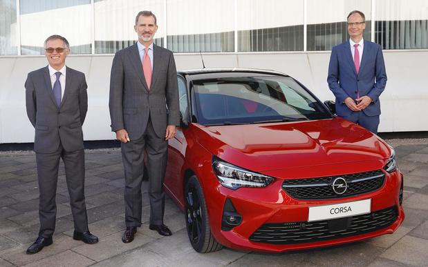 Tête couronnée et haut management pour l'Opel Corsa à Saragosse