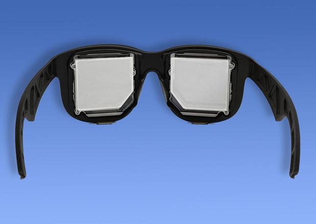 Facebook toont licht prototype van 'VR-zonnebril'