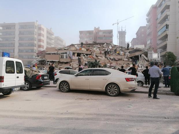 Séisme en Egée: deux jeunes tués à Samos par l'écroulement d'un mur
