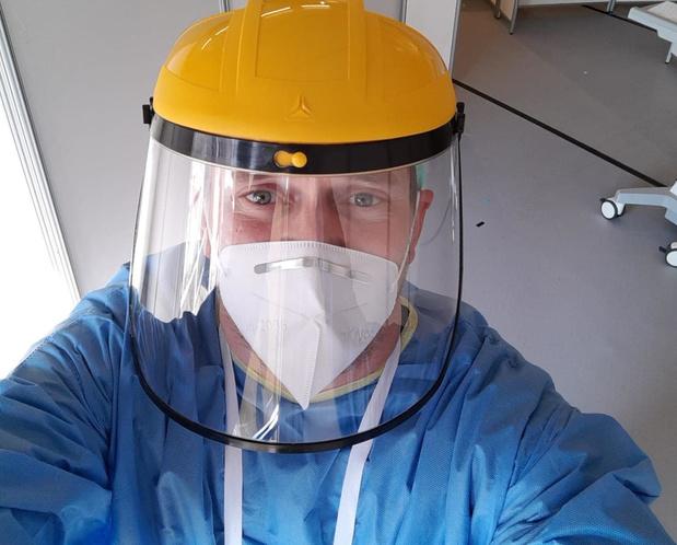 Verpleegkundige AZ Delta in Roeselare klaagt wanbeleid rond mondmaskers aan