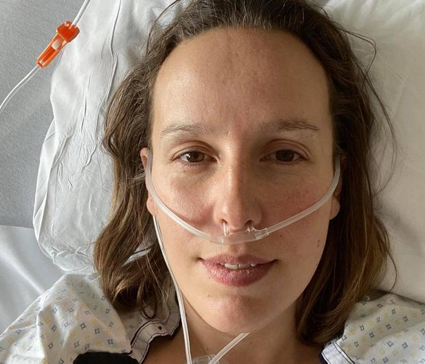 Louise (37) eerste coronapatiënte die in Ieper van intensieve naar gewone afdeling mag