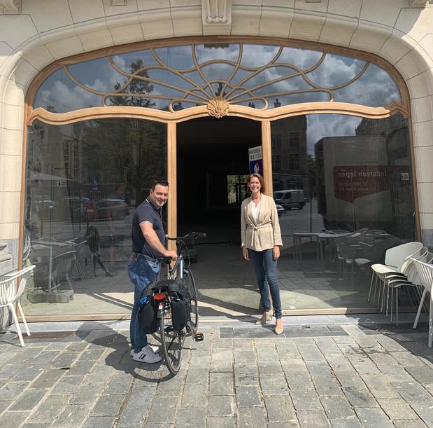 Ieper opent pop-upfietsenstalling op Grote Markt