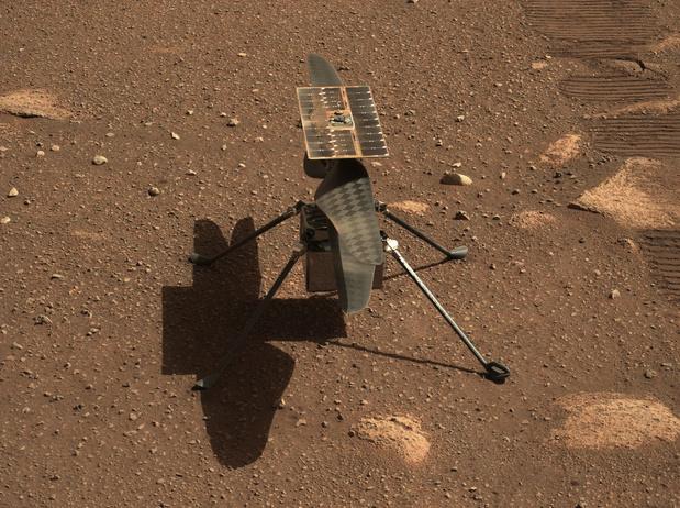 Helikoptertje blijft langer rondtoeren op Mars