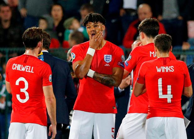 """L'Angleterre demande une """"enquête urgente"""" à l'UEFA sur les cris racistes"""