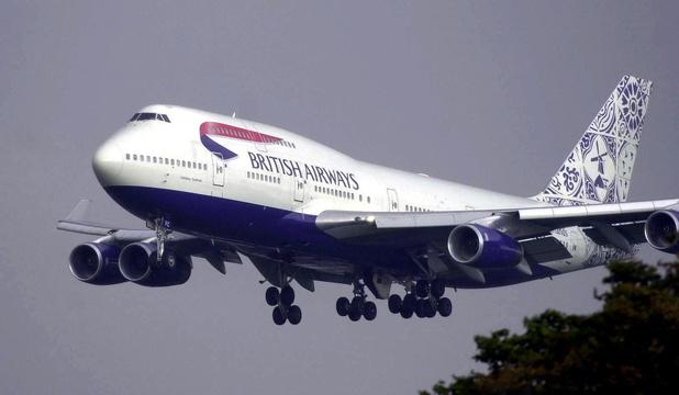 Frappé par la pandémie, Boeing prévoit de réduire encore ses cadences et son personnel