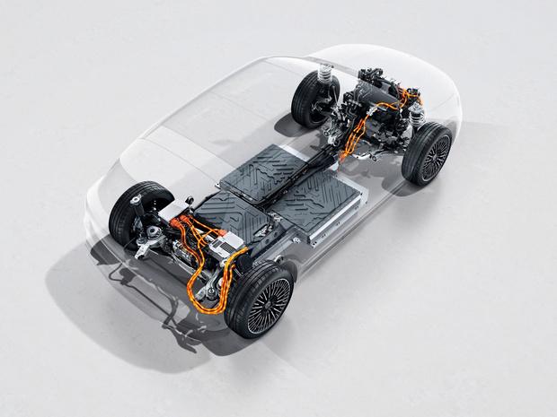 Mercedes EQA, nu ook met vierwielaandrijving