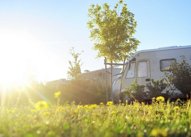 Raad Van State schorst verplichte sluiting van campings en vakantieparken