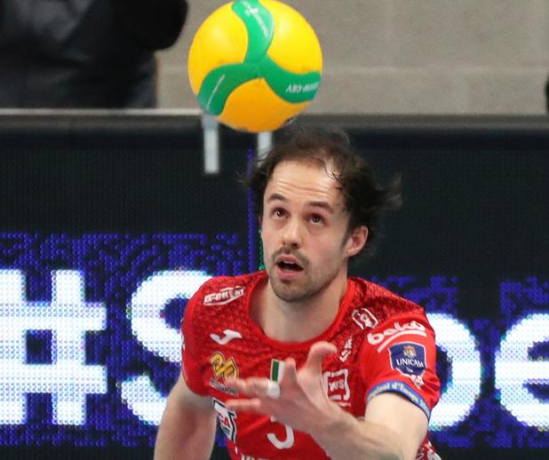 """Stijn D'Hulst terug bij Knack Volley Roeselare: """"Ik wilde weer eerste spelverdeler worden"""""""