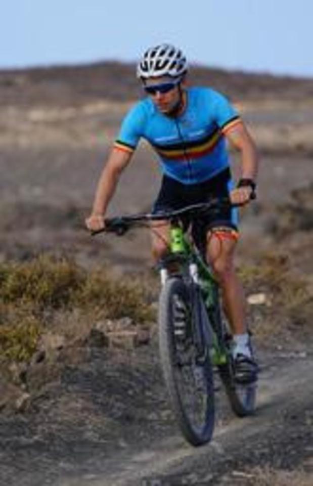 EK triatlon - Jelle Geens pakt brons op olympische afstand in Weert