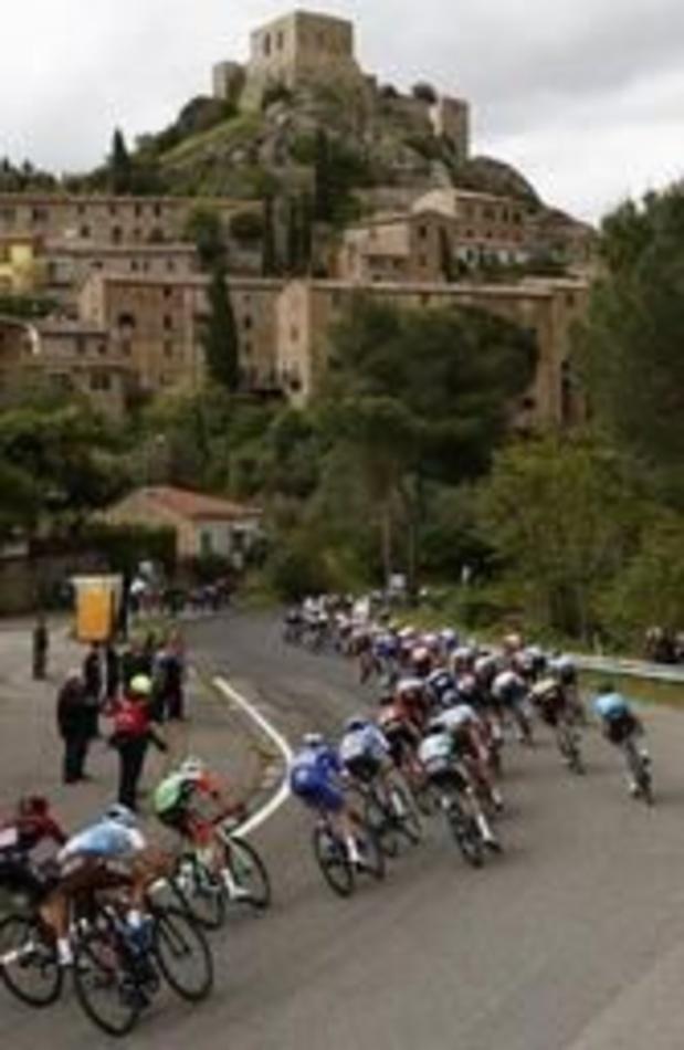 Gaviria vainqueur de la 3e étape du Giro, Roglic reste leader