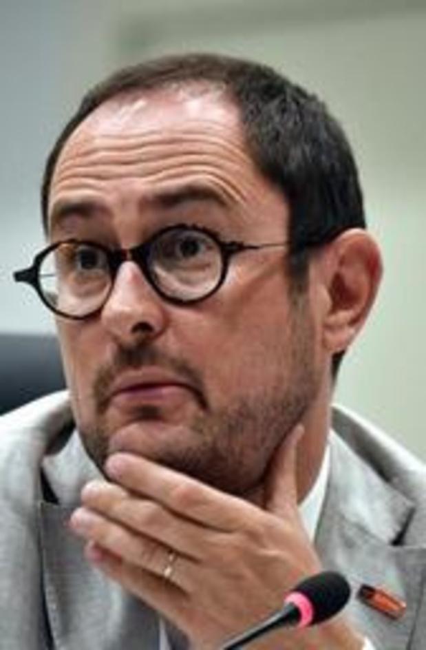 Van Quickenborne overweegt gooi naar partijvoorzitterschap bij Open Vld