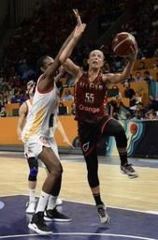 Lyon remporte le 1er match de la finale du championnat français, Julie Allemand décisive