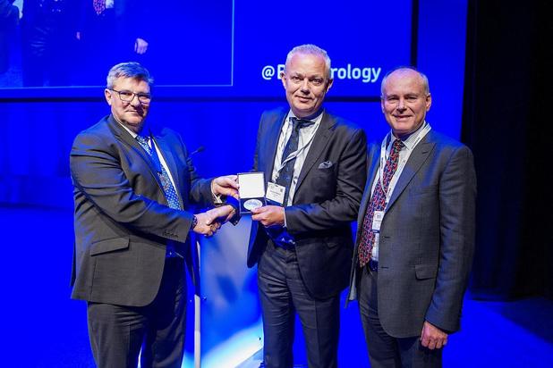 Prof. Alex Mottrie krijgt hoge Britse onderscheiding