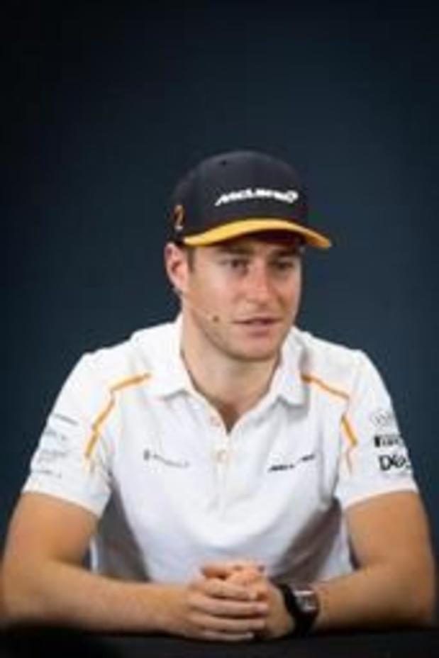Stoffel Vandoorne test Formule E-bolide van Mercedes
