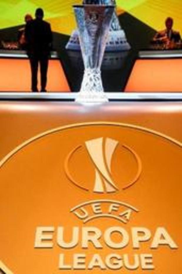L'UEFA ne peut pas réagir à la sanction de la CBAS avant de consulter ses juristes