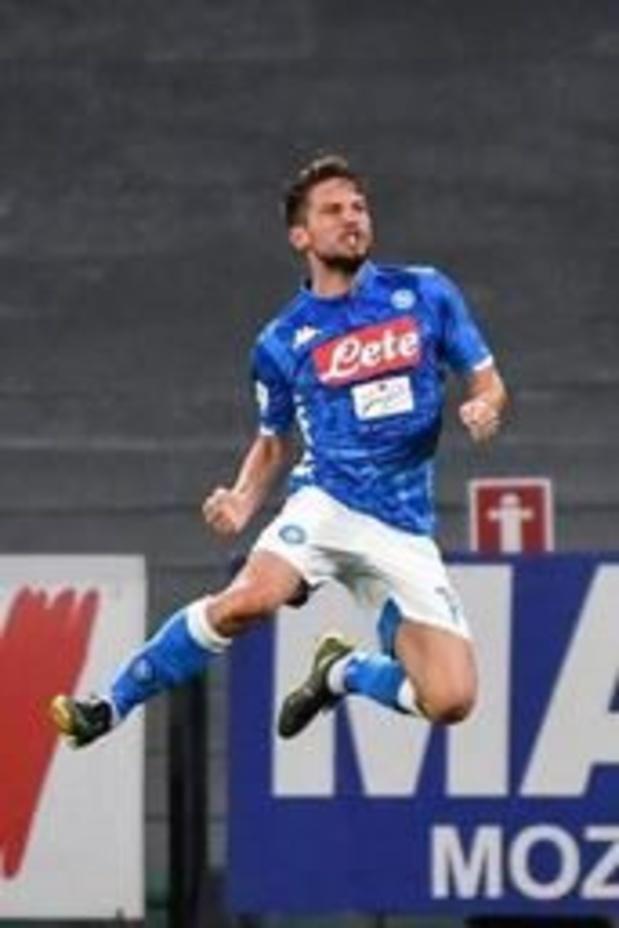 """Dries Mertens annonce qu'il reste à Naples: """"Je me sens comme à la maison"""""""