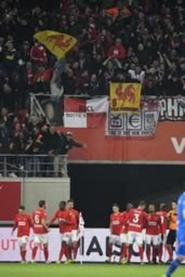 Jupiler Pro League - Standard wint op een diefje in Gent en start play-offs met zes op zes