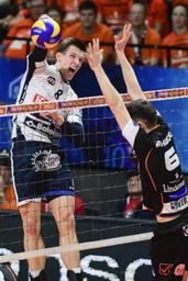 Volleyproms - Matthijs Verhanneman en Nina Coolman verkozen tot Speler en Speelster van het Jaar