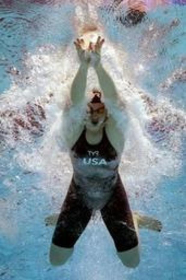 Lilly King pakt goud op 100m schoolslag
