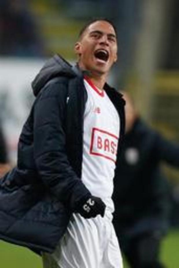 Le Standard prête Carlinhos au Vitoria FC