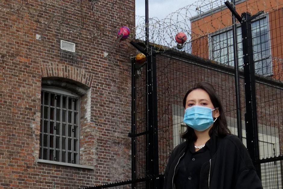 Chibi Ichigo stelde haar plaat voor in de hulpgevangenis van Leuven: 'Ik signeerde een sigarettenpakje'
