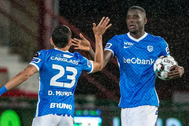 Genk wint in blessuretijd bij leider Kortrijk: 1-2