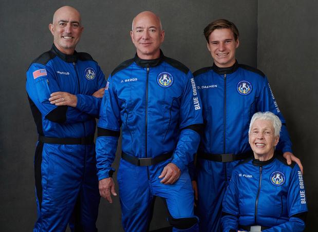 Un Néerlandais de 18 ans va accompagner Jeff Bezos à 15 heures dans son voyage spatial (à suivre bientôt en direct)