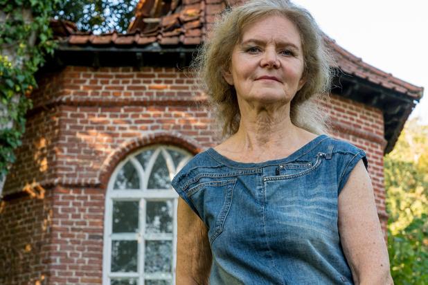 """Moniek Gheysens trekt aan alarmbel: """"Gloriëtte staat op instorten in park van Heule"""""""