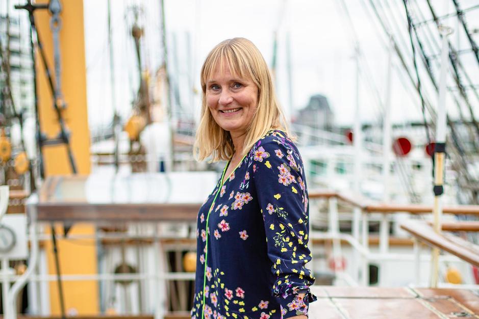 """Boksinstructrice Marian Debaillie ruilde Brussel in voor de zee: """"Ik voelde instant geluk in Oostende"""""""
