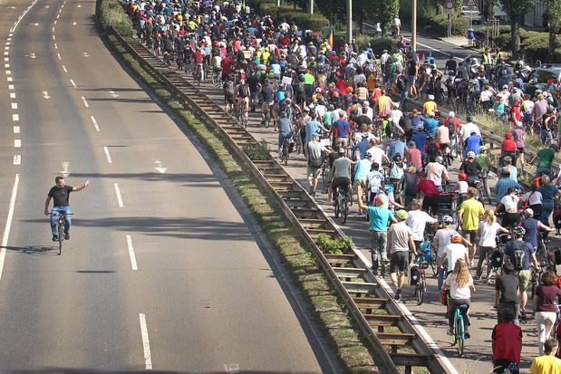 Week-end de manifestations contre le Salon de l'Automobile de Francfort (IAA)