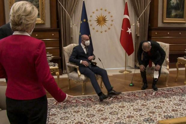 Turkije verwerpt beschuldiging van seksisme na 'sofagate'