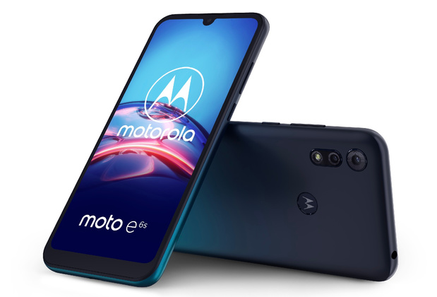 Un smartphone Motorola à double appareil photo sous la barre des cent euros