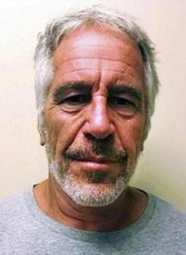 Van seksueel misbruik verdachte miljardair Jeffrey Epstein dood teruggevonden in cel