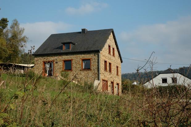 Les Belges se ruent sur les maisons quatre façades