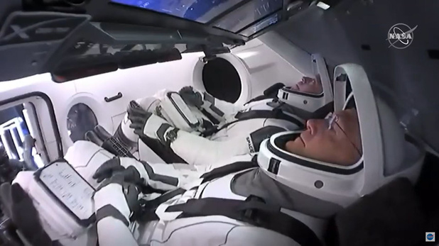 Les Russes beaux joueurs et promettent de nouvelles fusées — SpaceX