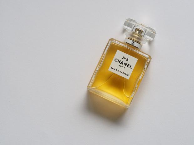 Chanel N°5 bestaat 100 jaar: 25 weetjes over dit iconische parfum