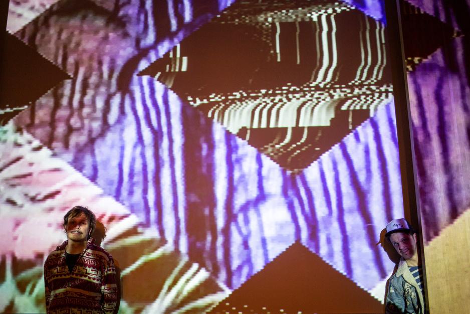 Topcellist Benjamin Glorieux is nu ook een beatmaker. Met dank aan Brent Vanneste van Stake