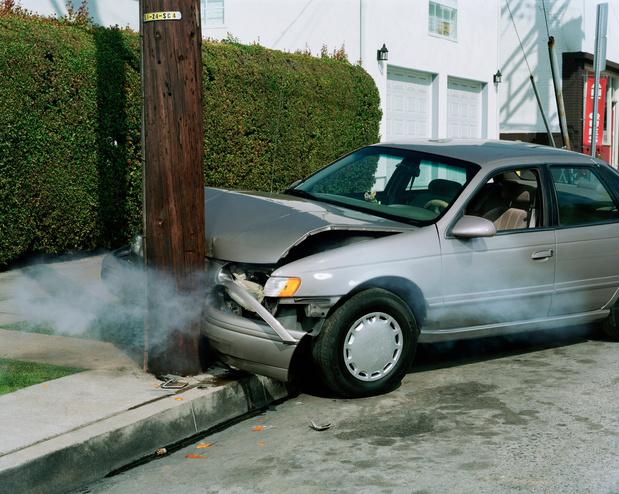 Bijna derde dodelijke verkeersslachtoffers komt om bij ongevallen met obstakels buiten weg