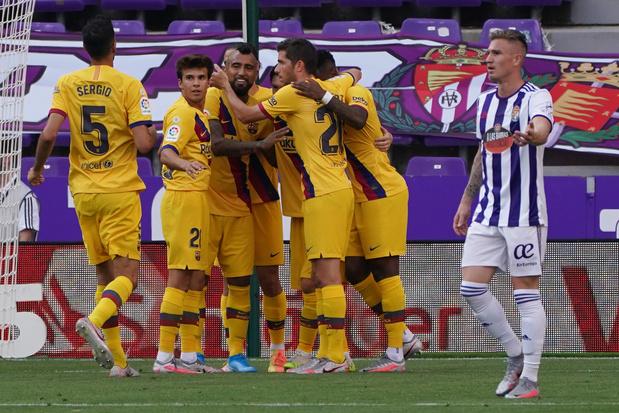 Barcelone assure l'essentiel à Valladolid et retarde le sacre du Real