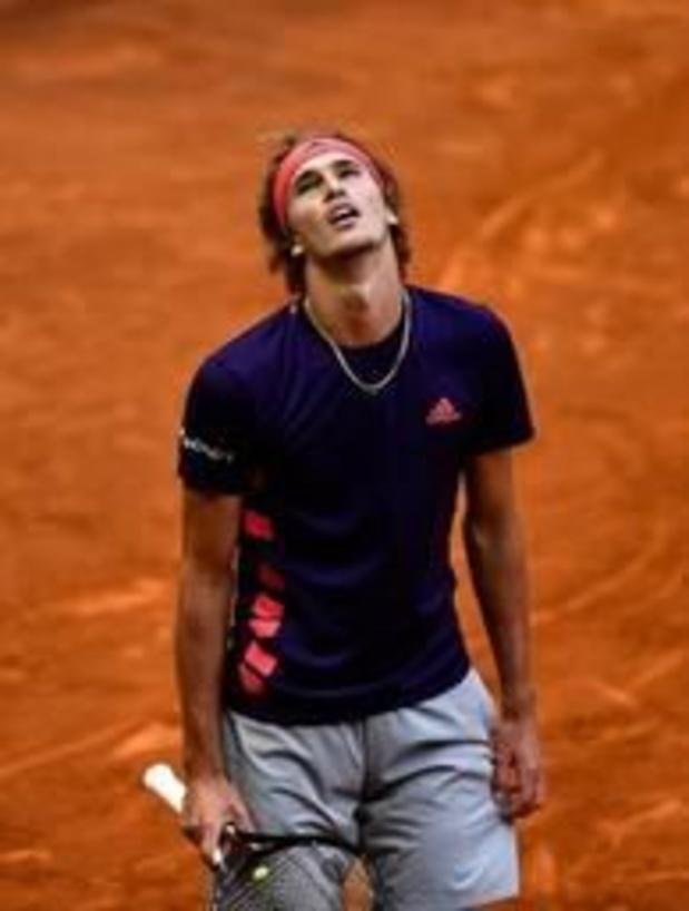 ATP Madrid - Stefanos Tsitsipas voorbij titelverdediger Zverev naar halve finales