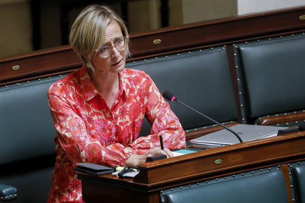 Frieda Gijbels (N-VA): 'Vaccineren we in wzc's uit gewetenswroeging?'