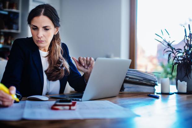 Psychologen waarschuwen voor gevolgen voltijds thuiswerk: 'Er is minder tijd voor herstel'