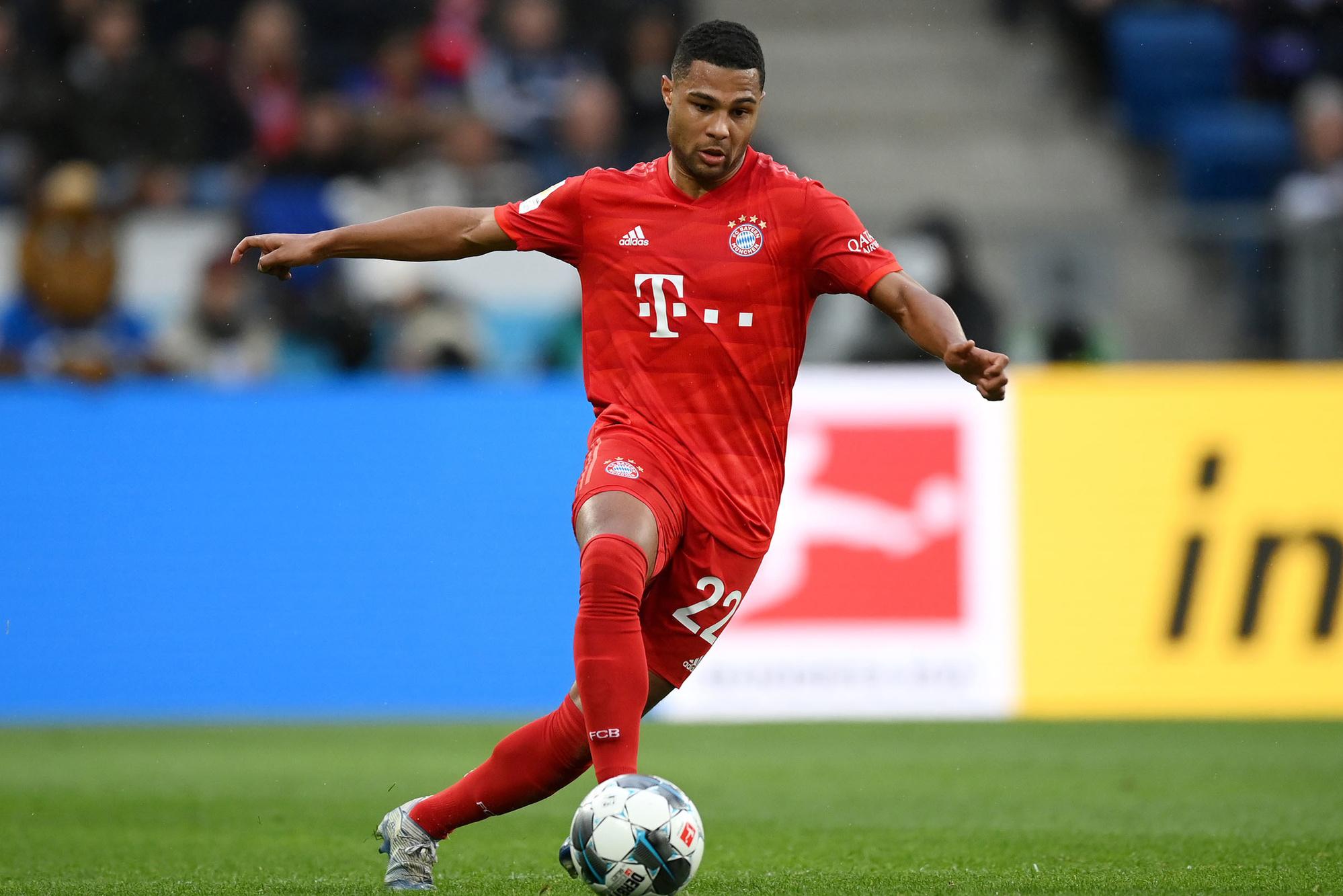Karl-Heinz Rummenigge: 'Hij is snel, kan dribbelen en scoren. Serge is bij Bayern volwassen geworden.', GETTY